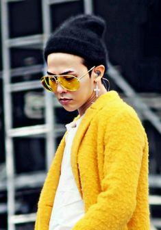 Whats your favourite music video? Seungri, Gd Bigbang, Bigbang G Dragon, G Dragon Crooked, G Dragon Top, Choi Seung Hyun, Ji Yong, Big Bang, Most Beautiful Man