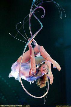 """Love this cusom built """"hoop"""" Lyra Aerial, Aerial Acrobatics, Aerial Dance, Aerial Hoop, Aerial Arts, Aerial Silks, Modern Dance, Pole Dance, Nocturne"""