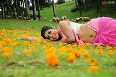 Photograph of Shamna Kasim (Poorna) BOLLYWOOD ACTRESS PHOTO PHOTO GALLERY  | 3.BP.BLOGSPOT.COM  #EDUCRATSWEB 2020-04-22 3.bp.blogspot.com https://3.bp.blogspot.com/-aC8qLsrLR8s/Xb5uFWmwCMI/AAAAAAAAUXE/BKv9lSG7LJ4-13KtS9MIUByOhFYv3F_kwCLcBGAsYHQ/s1600/e2bfa85a76aa60cd4c087d3af18441cd.jpg