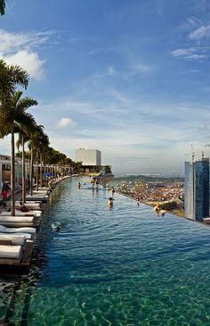 Infinite Pool, Hotel Marina Bay Sands, Singapore - holidayspots4u