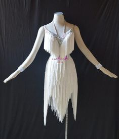 Latin Ballroom Dresses, Latin Dance Dresses, Ballroom Costumes, Dance Costumes, Stage Outfits, Dance Outfits, Fringe Fashion, Figure Skating Dresses, Fantasy Dress