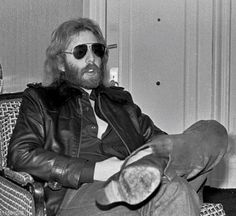 Looking like a rockstar should in his shades.  #andrewgold