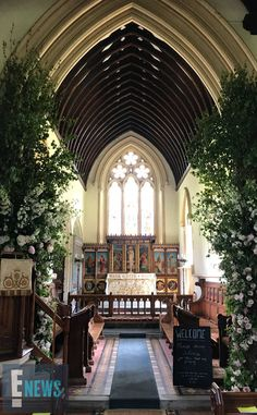 May Kate Middleton's younger sister Pippa wed James Matthews in St Mark's Church in Englefield Green, Berkshire, England - an inside view down the aisle pictured here. Pippa Middleton Honeymoon, Royal Wedding Pippa Middleton, Kate Middleton Family, Pippa Middleton Style, Princesse Kate Middleton, James Middleton, Pippas Wedding, Sister Wedding, Wedding Ceremony