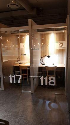 [스터디 카페 간판] 송파구 삼전동 베이커리 독서실 커피숍 간판 제작 : 스터디카페 ON 24 - 간판제작 전문브랜드-파란고릴라 업종별 간판 제작 Cafe Interior Design, Cafe Design, Interior Design Inspiration, Interior Architecture, Office Pods, Tiny Office, Industrial Office Design, Modern Office Design, Study Cafe