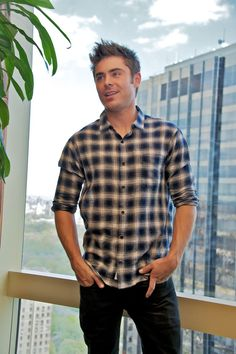 25 Photos of Zac Efron Looking Like a Human Ken Doll