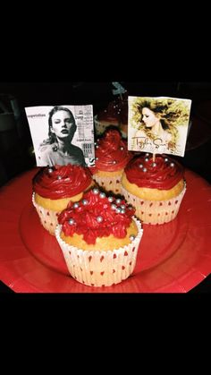 Homemade Taylor Swift cupcake for my friend's 22nd birthday   #Cupcake #talyorswift #birthday #birthdaycake #cupcakes #redvelvet #redfrosting #red #frosting #baking #cooking #cake #sweet #food #birthdayparty #homemade