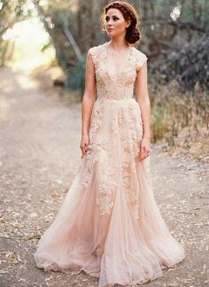 V Neck Lace Wedding Dresses 2015 A line Bridal Gowns Vintage Country Garden Wedding Dresses Champagne Wedding Gowns-in Wedding Dresses from Weddings & Events on Aliexpress.com | Alibaba Group