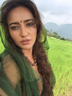 30 Photo Of Neha Sharma Cutest Bollywood Actress Selfies Beautiful Girl Indian, Most Beautiful Indian Actress, Beautiful Females, Beautiful Bollywood Actress, Beautiful Actresses, Chandigarh, Beauty Full Girl, Beauty Women, Kolkata
