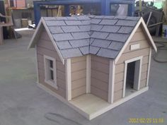Custom Dog Houses, Cool Dog Houses, Play Houses, Outdoor Cat Shelter, Outdoor Dog, Dog Bedroom, Goat House, Dog House Plans, Dog Rooms