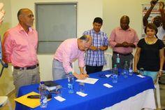 Gobernador del Cauca firmó contrato por $11.000 millones para pavimentación de vía Puerto Tejada-Puente del Hormiguero