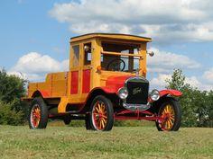 1919 Ford Model TT 1-Ton Service Truck