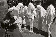 Dolle minas als zaadcellen verkleed / Dolle Mina's dressed as sperm cells // from nationaal archief on flickr