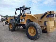 Well maintained Used 2004 #Caterpillar Th560b #Forklift is now available in Phoenix, AZ, USA by Empire #machinery for just $50000. You can get the best deals on used caterpillar Forklift by our trustworthy #heavy_machinery_traders. Just logon to get more information of Pre owned Caterpillar Forklift:  http://www.heavy-machinerytrader.com/used-machinery/2004/forklift/caterpillar/th560b/1907/