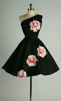 #black #flower #dress