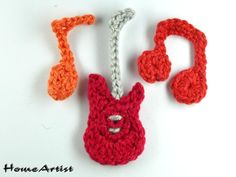 Häkelapplikation  E-Gitarre + Musiknoten set  von Home Artist auf DaWanda.com