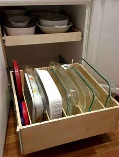 New smart diy kitchen organizing ideas 108 – Update Your Kitchen Cabinets Kitchen Storage Solutions, Diy Kitchen Storage, Kitchen Cabinet Organization, Kitchen Shelves, Diy Storage, Home Organization, Organizing Ideas, Cabinet Ideas, Storage Ideas