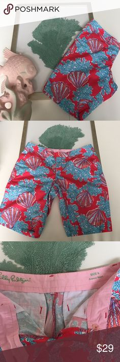 LP shorts Lilly Pulitzer, Sz 6, beautiful tropical shorts. Pink with coral and aqua seashells these are the Avenue short, with a 10in inseam. Plan your vacation now. Lilly Pulitzer Shorts