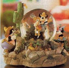 Disney Two Gun Mickey Snowglobe