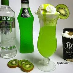 The Riddler's Revenge by the Tipsy Bartender.........1 1/2 ounces green apple vodka, 1 1/2 ounces melon liqueur, 3 ounces lemon lime soda, vanilla icecream, kiwi syrup, kiwi slice.....watch thetipsybartender video on youtube.