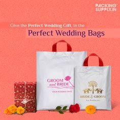 Planning the perfect wedding? Make your special gifts, memorable ones by placing them in personalised wedding gift bags. Select from a royal touch to simple and classy or add an ethnic touch with a wide range of designs. Order Now! Wedding Favours Gin, Popcorn Wedding Favors, Handmade Wedding Favours, Winter Wedding Favors, Custom Wedding Gifts, Wedding Welcome Bags, Wedding Favor Bags, Personalized Wedding, Succulent Party Favors
