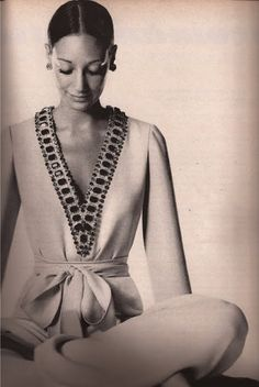marisa berenson in pucci, 60s And 70s Fashion, Retro Fashion, Vintage Fashion, Patti Hansen, Lauren Hutton, Elsa Schiaparelli, Style Caftan, Couture Fashion, Fashion Beauty