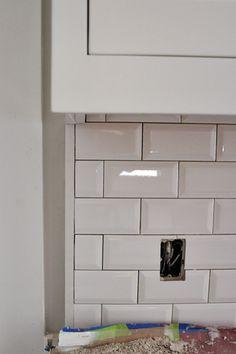 Subway tile backsplash with dark grout craftsman bungalow renovation. Subway tile backsplash with dark grout Beveled Subway Tile, White Subway Tile Backsplash, Subway Tile Kitchen, Kitchen Backsplash, Backsplash Ideas, Tile Ideas, Wall Tile, Tile Edge, Kitchen
