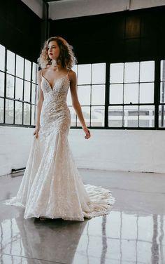 Sexy Organic Lace Wedding Dress with Sparkle Elements - Martina Liana Wedding Dresses Wedding Dress Styles, Dream Wedding Dresses, Designer Wedding Dresses, Bridal Dresses, Wedding Gowns, Lace Wedding, Wedding Shot, Elegant Wedding, Wedding Venues