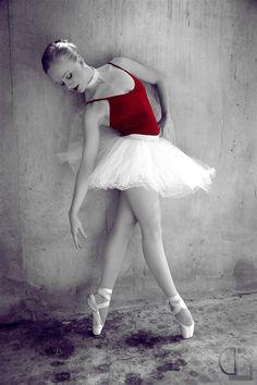Color Splash on Ballerina
