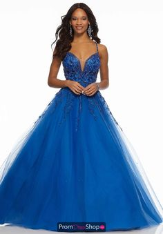 Beaded Embroidery on Tulle Sophisticated Prom Ballgown Featuring a Beaded High with Full Tulle Skirt. A Criss-Cross, Open Back Completes the Look. Beauty Pageant Dresses, Pagent Dresses, Prom Dresses 2018, Designer Prom Dresses, Ball Gowns Prom, Tulle Prom Dress, Quinceanera Dresses, Prom Ballgown, Formal Dresses