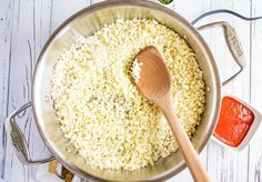 This Spanish Cauliflower Rice is a delicious low-carb side dish that you can enjoy without guilt! Naturally Gluten Free and Keto Friendly. Spanish Cauliflower Rice, Cauliflower Recipes, Rice Recipes, Keto Recipes, Cooking Recipes, Recipes Dinner, A Food, Food And Drink, Spanish Rice Recipe