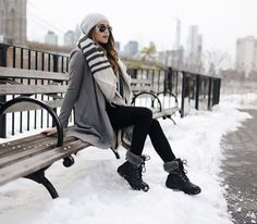 34 Perfect Winter Boots Outfits Ideas For Women mode kleider 34 Perfect Winter Boots Outfits Ideas For Women Winter Outfits For Teen Girls, Winter Outfits Women, Winter Fashion Outfits, Winter Dresses, Autumn Winter Fashion, Winter Clothes, Winter Wear, Trendy Fashion, Fashion Ideas