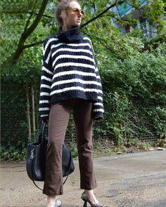Für die kalten Tage.... Alle Produkte hier: Severinstr. 136 Köln Pullover Ab 12 #c&a #humanasecondhand