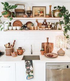 Why Everyone Is Completely Mistaken About Rustic Kitchen Shelves 119 - Pecansthomedecor Rustic Kitchen, New Kitchen, Kitchen Decor, Summer Kitchen, Kitchen White, Kitchen Centerpiece, Kitchen Plants, Neutral Kitchen, Centerpiece Ideas