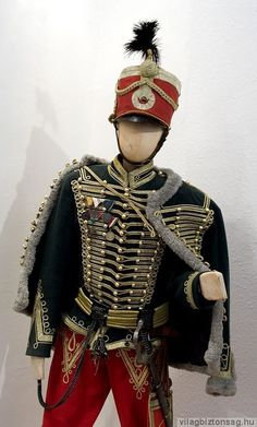 A teljes méretű képhez kattints ide Military Looks, Military Jacket, Military Uniforms, Historical Costume, Historical Clothing, European Clothing, Imperial Clothing, Military Dresses, Military Units