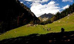 Hampta pass trekking in Himachal Pradesh, treks in himachal,himachal treks, trekking in himachal