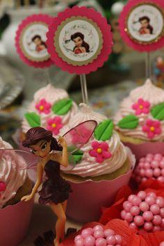 Festa fadas da Disney - Aniversário Thalita Tinkerbell Party, Cake, Desserts, Food, Party, Tailgate Desserts, Deserts, Mudpie, Meals