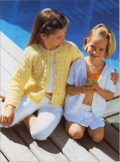 Your place to buy and sell all things handmade Free Knitting Patterns Uk, Baby Cardigan Knitting Pattern Free, Knit Patterns, Baby Sweaters, Baby Patterns, Cardigans, Trending Outfits, Pdf, Girls