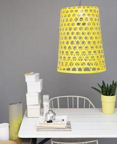 Zelf lampenkap maken | Flairathome.nl #zelfmaken #diy #FlairNL | Styling: @Femke Pastijn | Fotografie: @Dana van Leeuwen