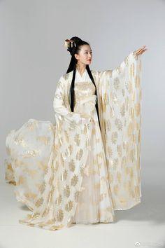 Korean Traditional Dress, Traditional Dresses, Gothic Corset Dresses, Anime Girl Dress, Korean Dress, Chinese Clothing, Oriental Fashion, China Fashion, Hanfu
