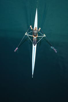 Rowing single sculls