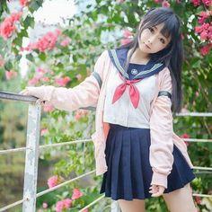 School Girl . . . . . #cosplay #cosplayers #cosplaygirl #schoolgirl #japanesegirl #kawaidesu #kawaii #anime #animegirls #weibo #wibu