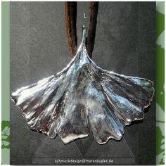 Collier - L Echtes Ginkgoblatt versilbert Seide Collier 3 - ein Designerstück von LianeundEmil bei DaWanda