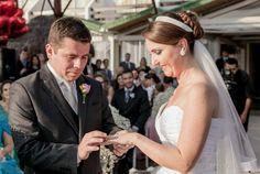 Casamento da Juliana e do Douglas Check more at https://www.veudanoiva.com.br/casamento-da-juliana-e-do-douglas/
