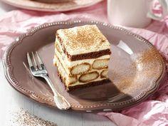 Így készül a tiramisu szelet. Food To Make, Food And Drink, Ethnic Recipes, Cake Ideas
