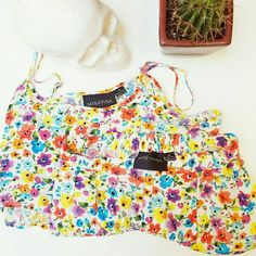 MINKPINK floral coord top and shorts set Super cute but a little too small for me:( In great condition! Wear it with espadrilles and a cute Panama hat! No trades. No offline transactions. Always fun! MINKPINK Tops Crop Tops