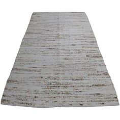 Modern Turkish Wool & Cotton Kilim - 4′5″ × 8′7″ (1.955 BRL) ❤ liked on Polyvore featuring home, rugs, traditional handmade rugs, cotton kilim rug, turkish kilim rugs, kilim area rugs, turkish rugs and white cotton rug