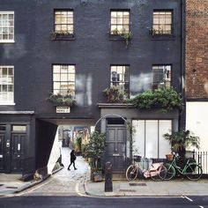 I don't like truth, ...EASTERN design office - coffeentrees: Little corners in London. Photo:...