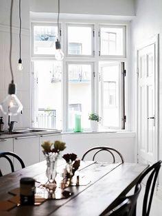 White room #dining