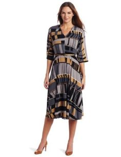 Donna Morgan Women's Printed Jersey Elbow Sleeve Dress Review