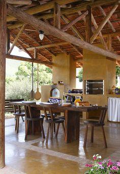 Decoração de: Cozinha; vigas de madeira; Casa de Valentina